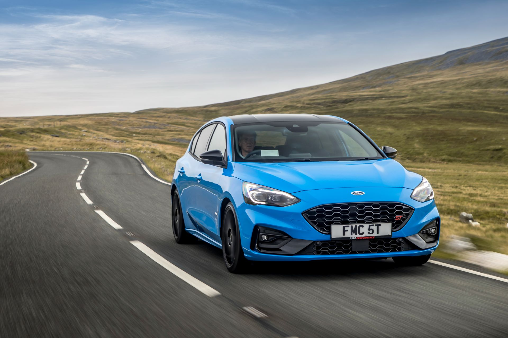 2022 Ford Focus ST Edition Front Wallpapers (1)