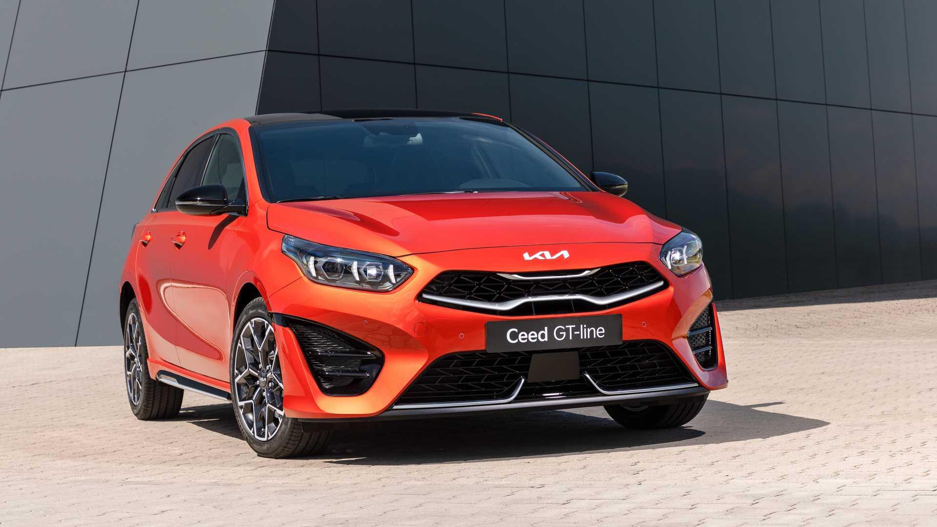 2022 Kia Ceed GT-Line Front Wallpapers (7)