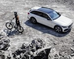 2022 Mercedes-Benz C-Class All-Terrain (Color: Opalite White Bright) Front Three-Quarter Wallpapers 150x120 (11)