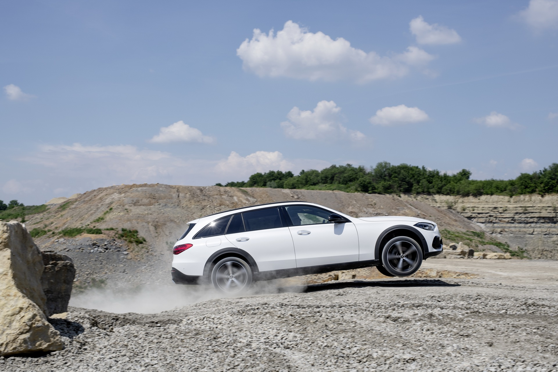 2022 Mercedes-Benz C-Class All-Terrain (Color: Opalite White Bright) Off-Road Wallpapers (8)