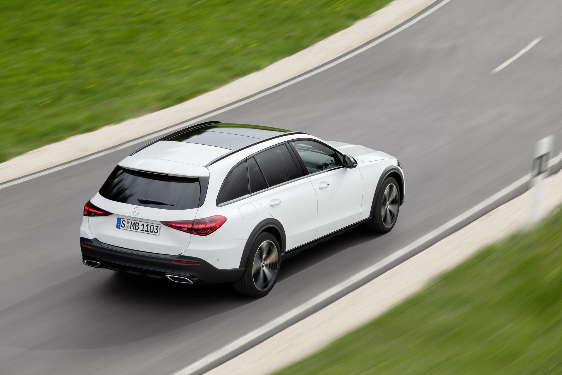 2022 Mercedes-Benz C-Class All-Terrain (Color: Opalite White Bright) Rear Three-Quarter Wallpapers (3)