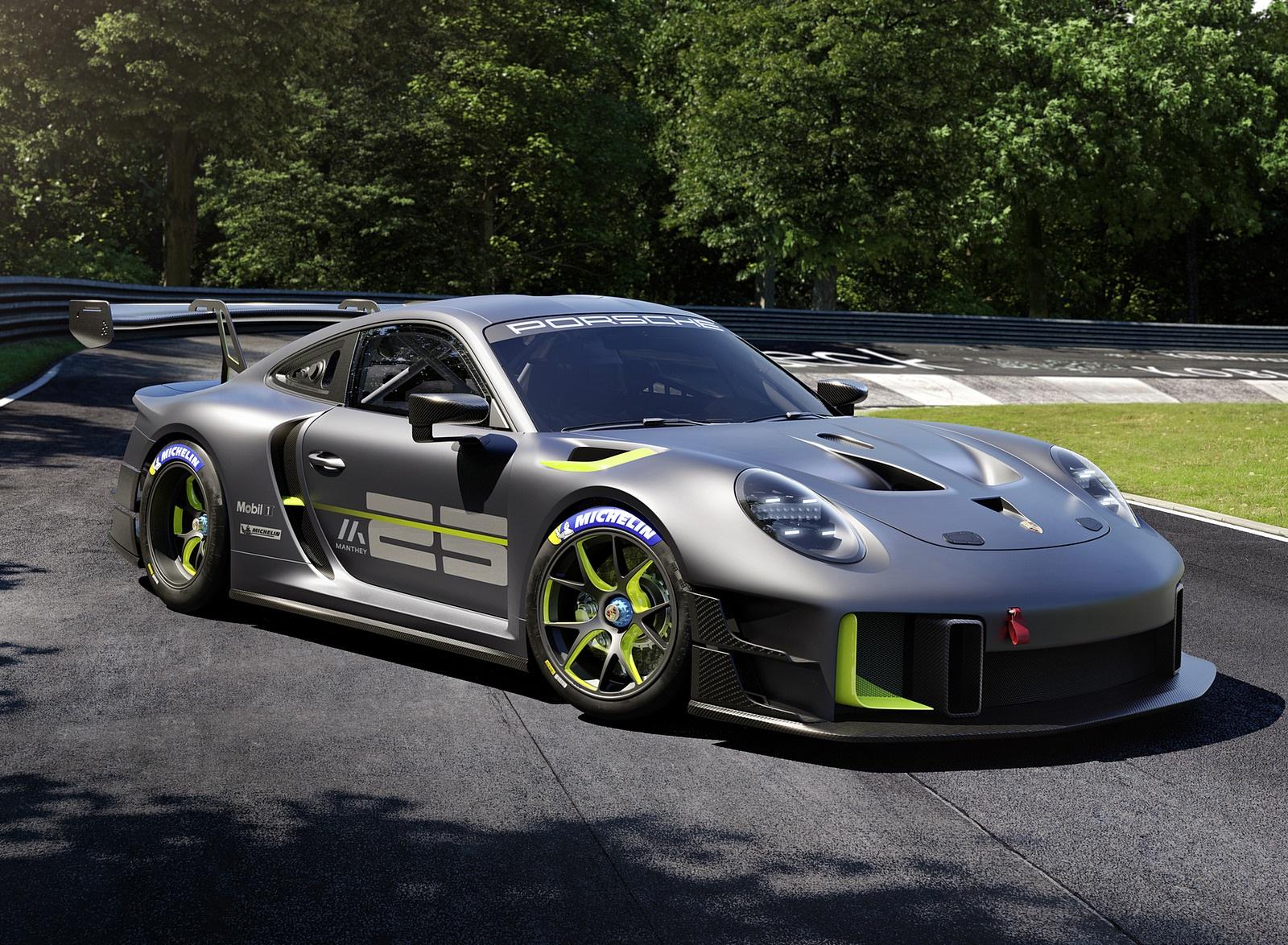 2022 Porsche 911 GT2 RS Clubsport 25 Front Three-Quarter Wallpapers (4)