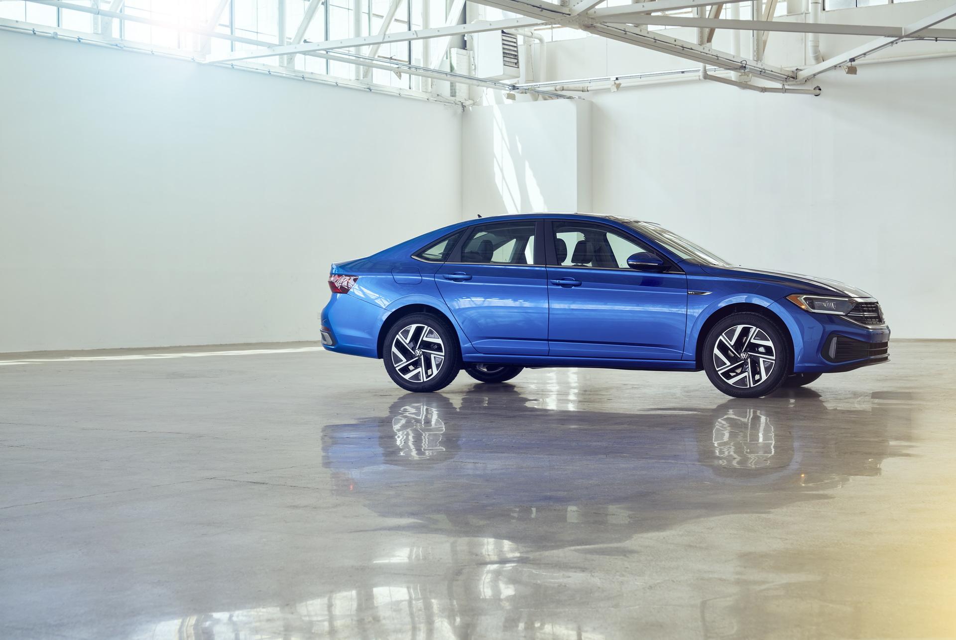 2022 Volkswagen Jetta Front Three-Quarter Wallpapers (7)
