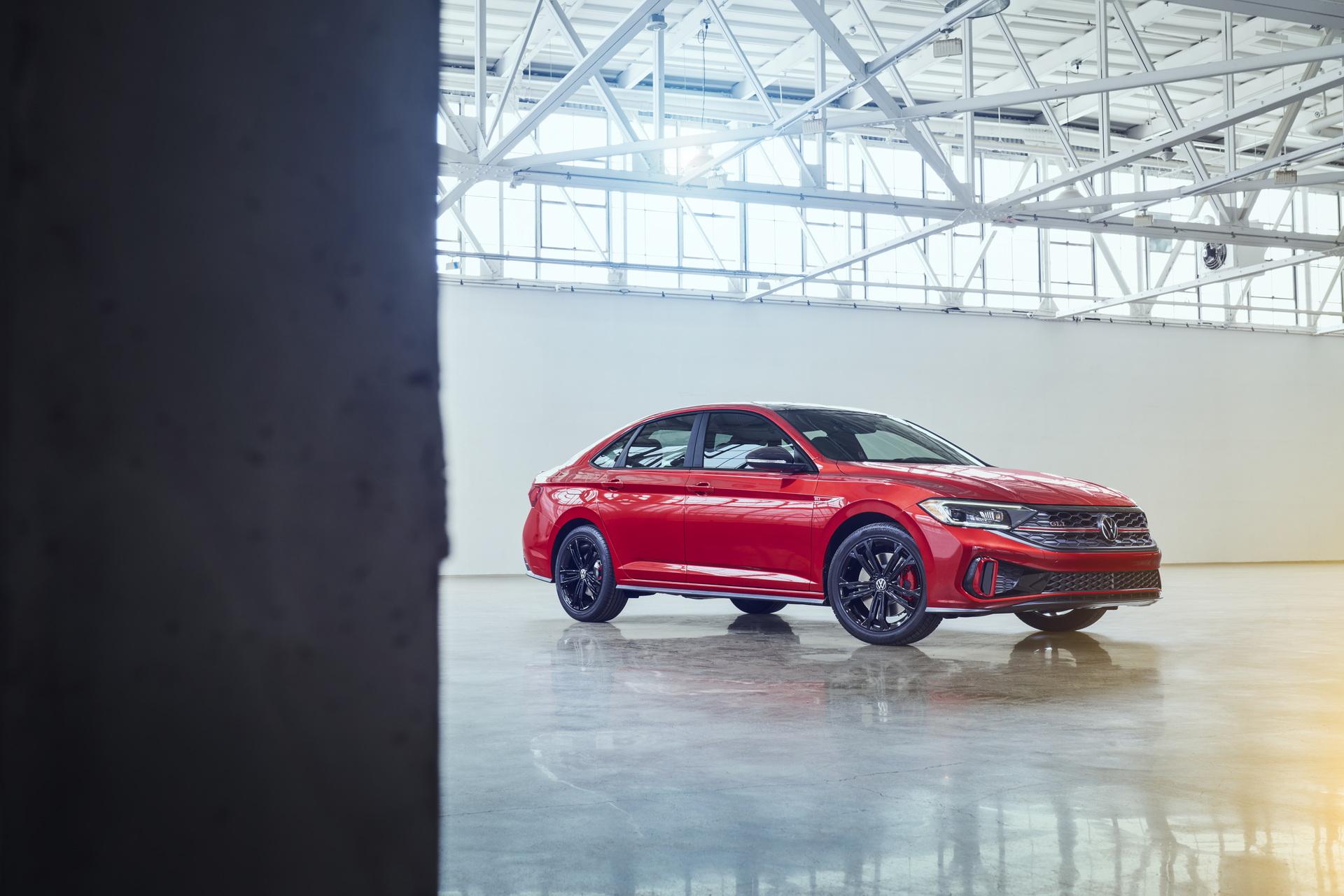 2022 Volkswagen Jetta GLI Front Three-Quarter Wallpapers (7)