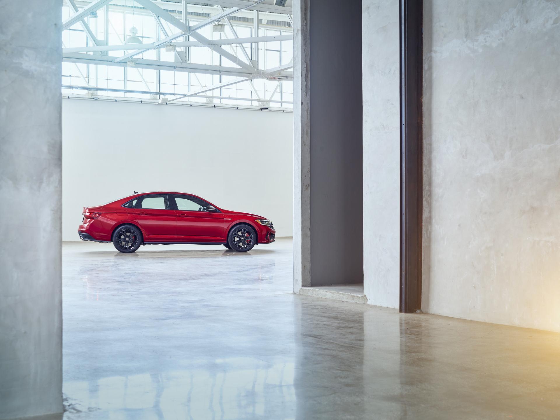 2022 Volkswagen Jetta GLI Side Wallpapers (8)