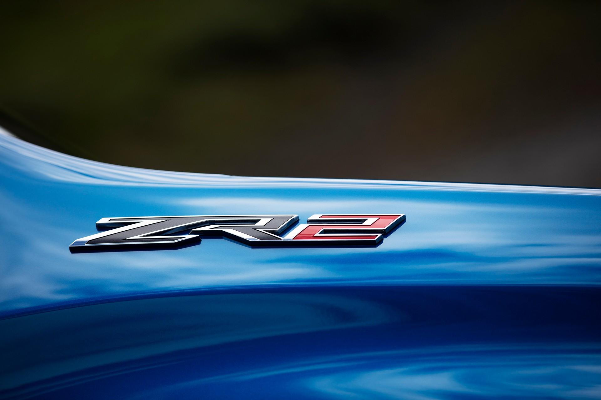 2022 Chevrolet Silverado ZR2 Badge Wallpapers (9)