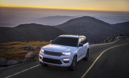 2022 Jeep Grand Cherokee Summit Reserve Wallpapers HD