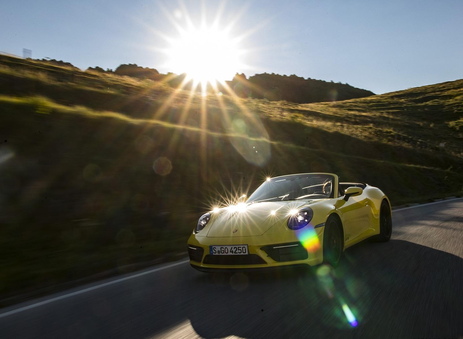 2022 Porsche 911 Carrera GTS Cabriolet (Color: Racing Yellow) Front Three-Quarter Wallpapers (3)