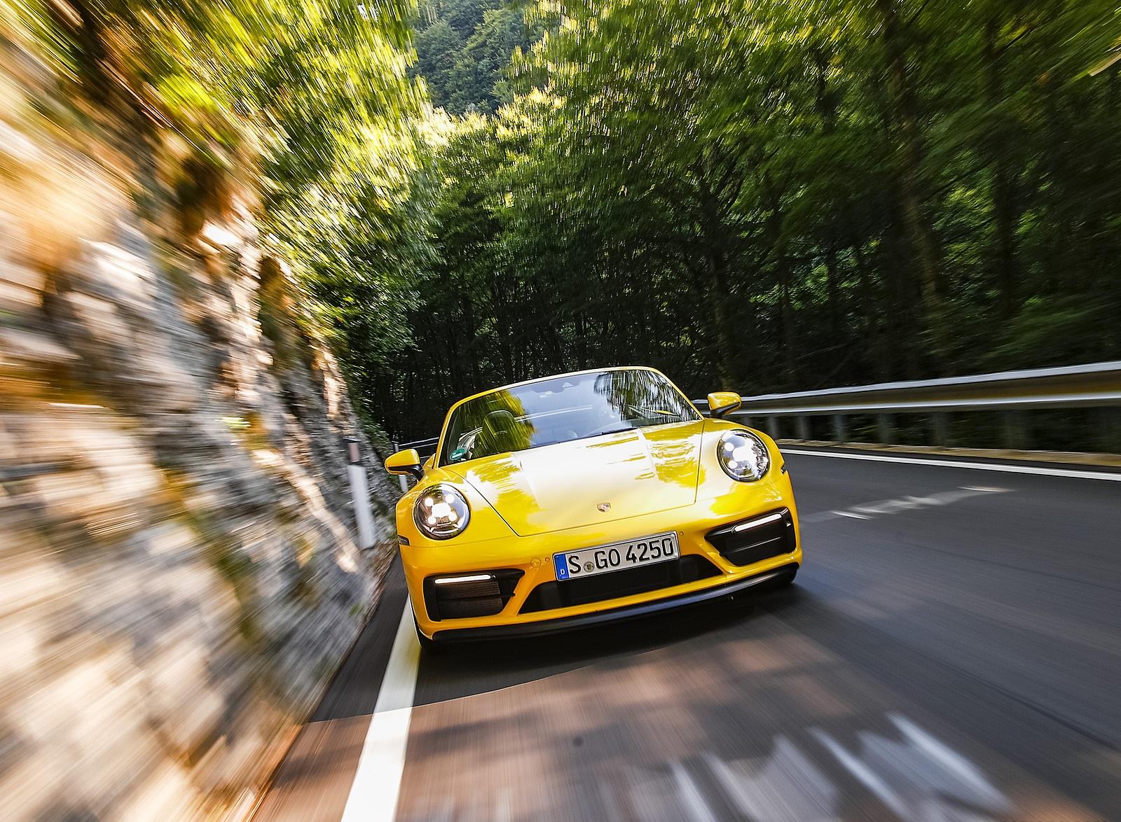 2022 Porsche 911 Carrera GTS Cabriolet (Color: Racing Yellow) Front Wallpapers (4)